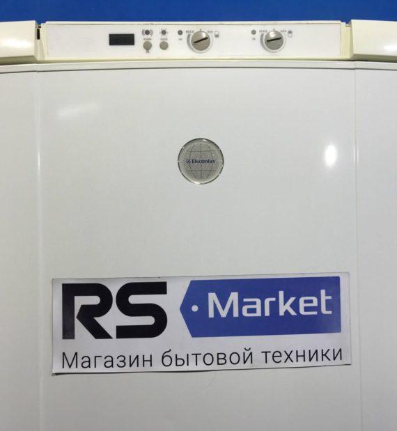 Б/У Холодильник Electrolux ERB4109