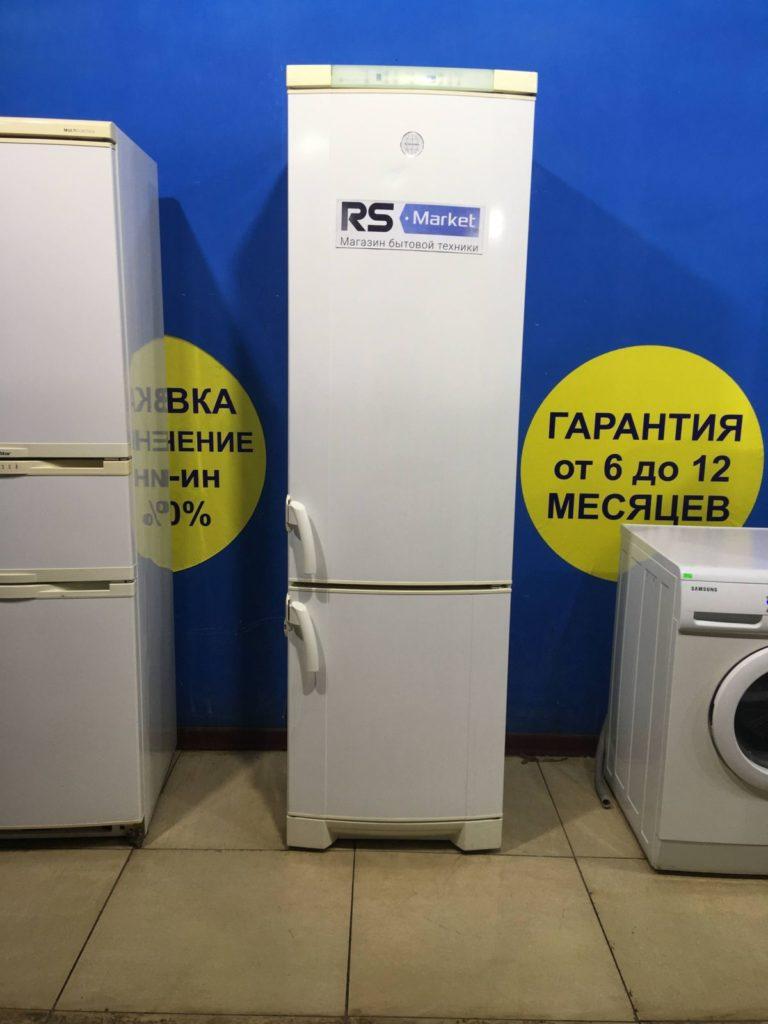 Б/У Холодильник Electrolux ERE3900