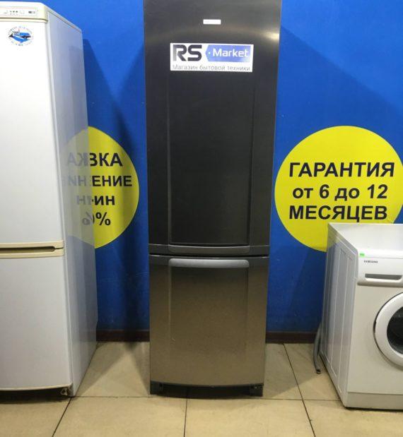 Б/У Холодильник Electrolux ERF37400X