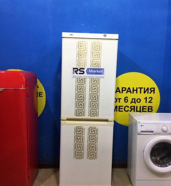 Б/у Холодильник Zanussi ZK21/10GO