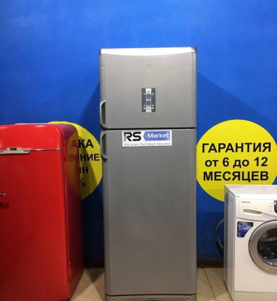 Б/у Холодильник Indesit TAN5FNFS.D