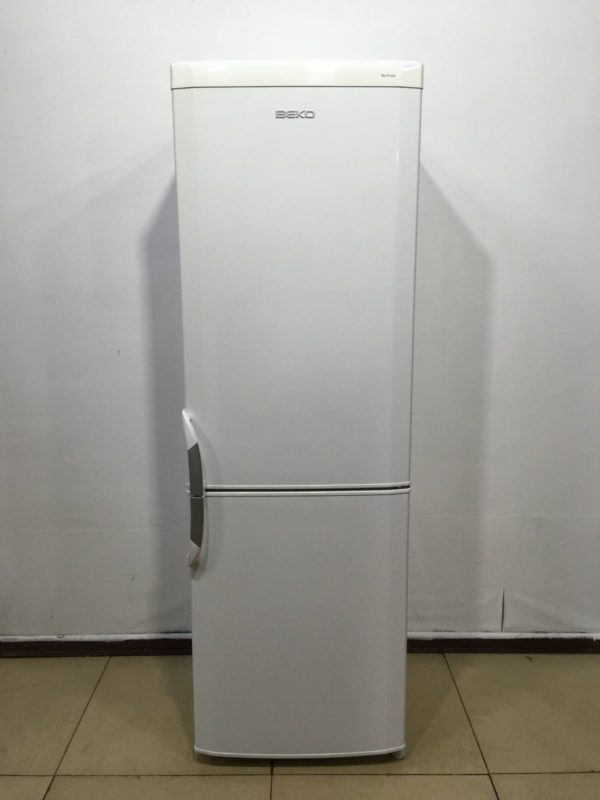 Б/у Холодильник Beko CNK32000