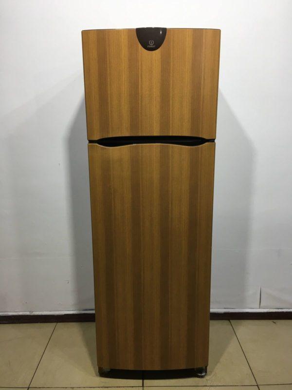 Б/у Холодильник Indesit R34-T