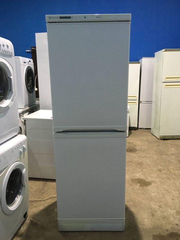 Б/у Холодильник GENERAL ELECTRIC SLA88
