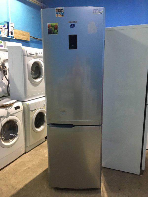 Б/у Холодильник Samsung RL52VEBTS
