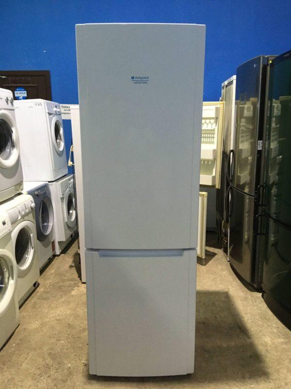 Б/у Холодильник Ariston HBM1181.3