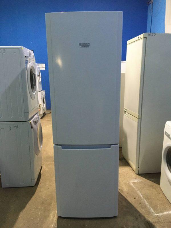 Б/у Холодильник Ariston HBM1181.4F