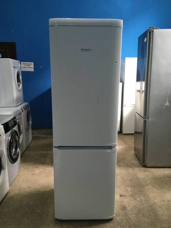 Б/у Холодильник Ariston KMBA2155