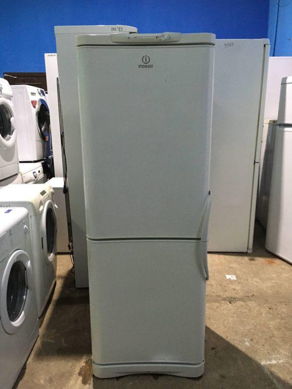 Б/у Холодильник Indesit C132G.016