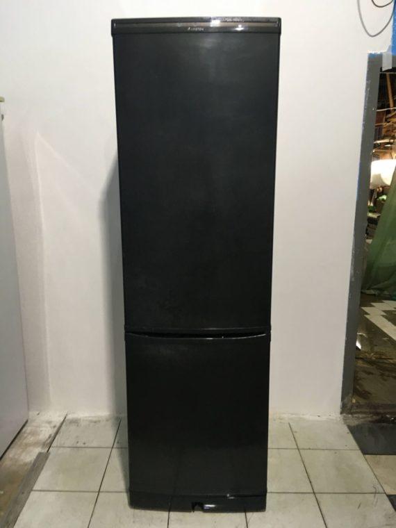 Б/у Холодильник Ariston ERF402X