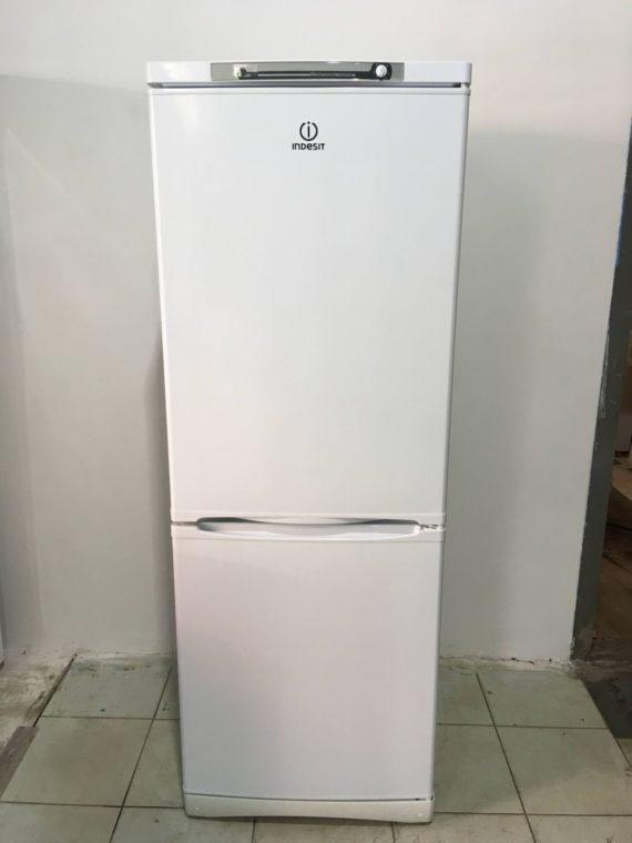 Б/у Холодильник Indesit SB167.4.011