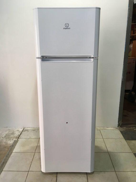 Б/у Холодильник Indesit TIA16