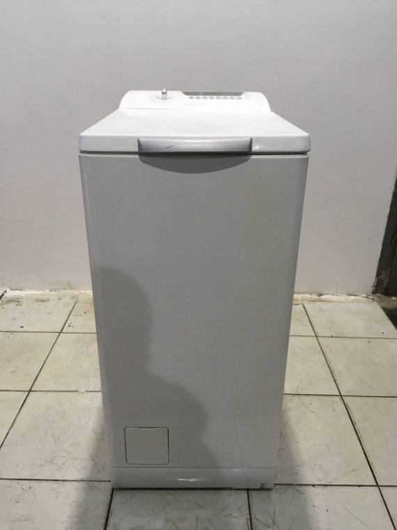 Б/у Стиральная машина ELECTROLUX EWT1221